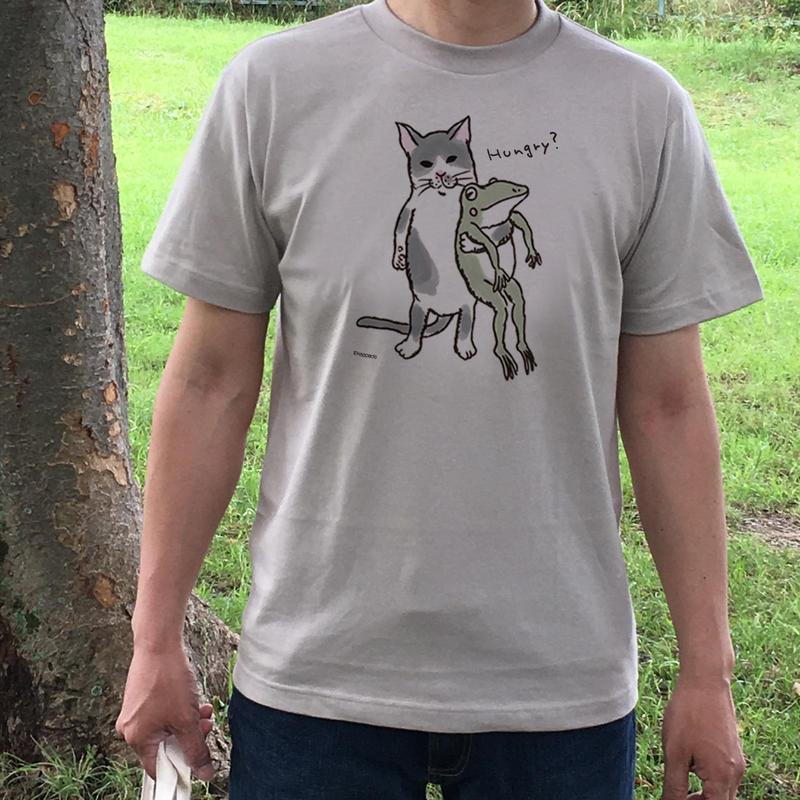 猫とカエルのTシャツ「なかよし?」(シルバーグレー)男女兼用【受注生産・送料無料】