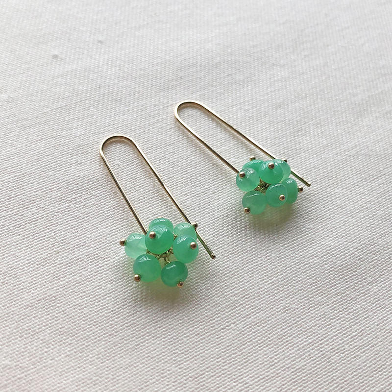 CHRYSOPRASE BERRIES PIERCED