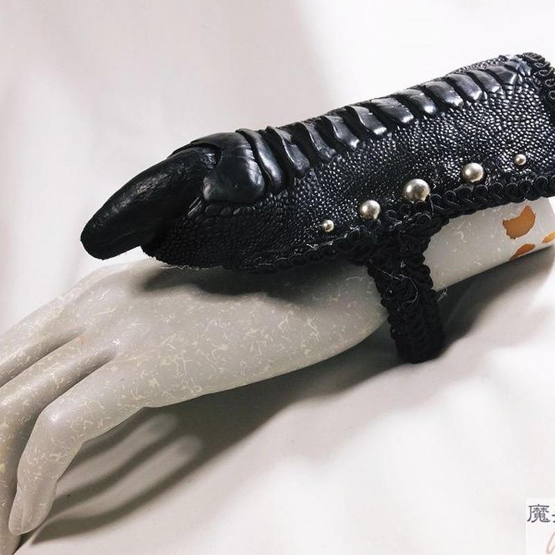 ダチョウの爪ブレスレットB