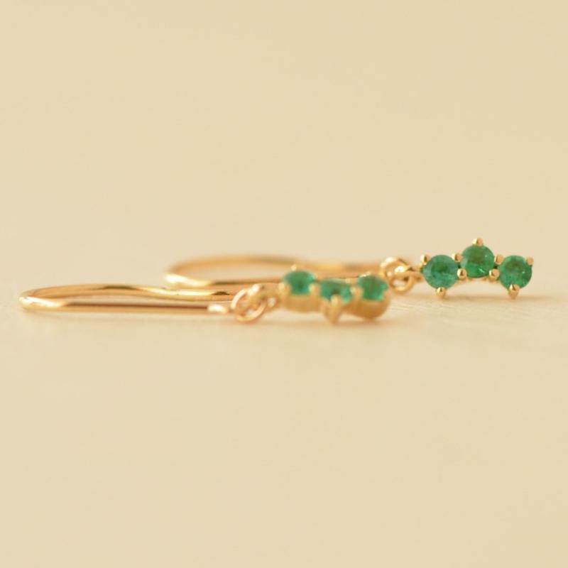 Emerald Pierce  (SNP-108EM K18YG)