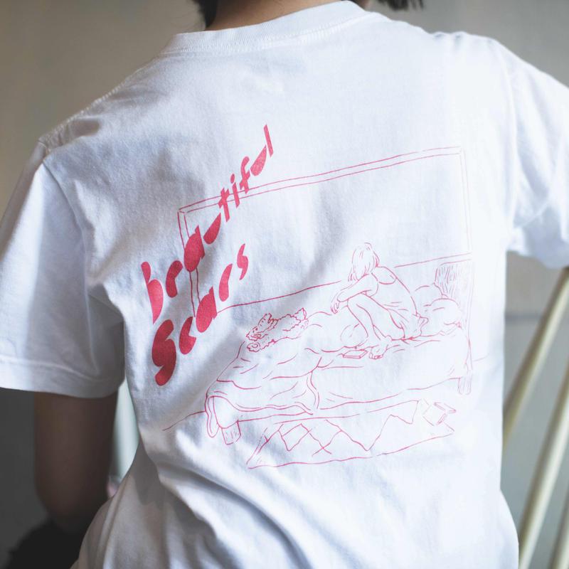 美しい傷Tシャツ (ホワイト)