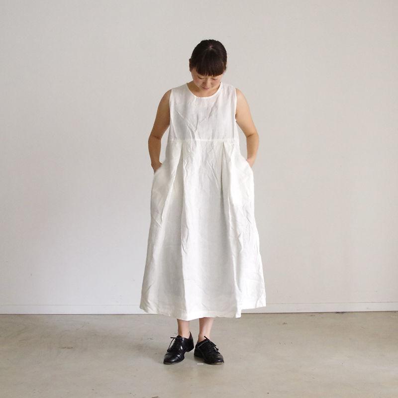 i c h i 181036 Linen No Sleeve Dress / White