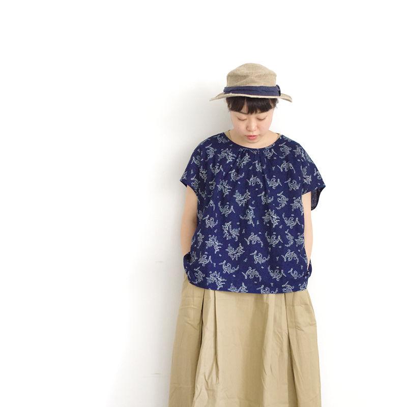 i c h i 181215 Indigo Flower pullover