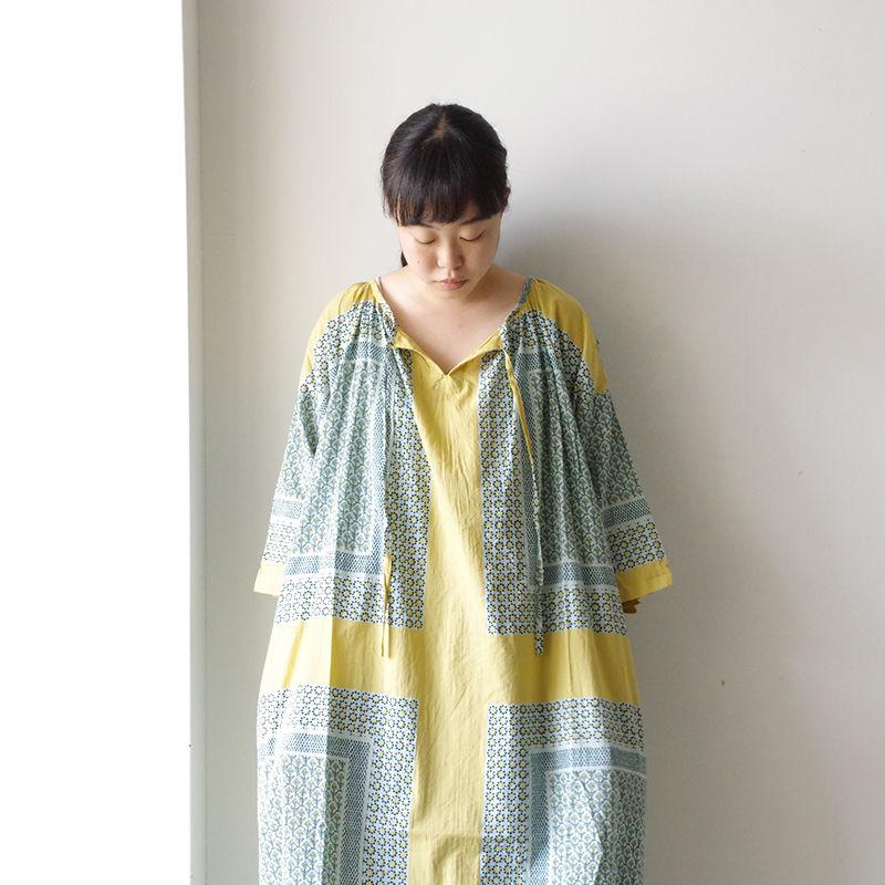 i c h i 190106 Bandanna motif Dress
