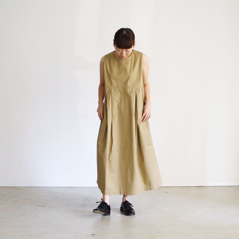 i c h i 181033 Cotton Chino No Sleeve Dress / Beige