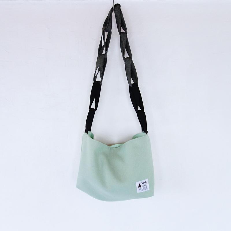 ring bag(ペールグリーン)
