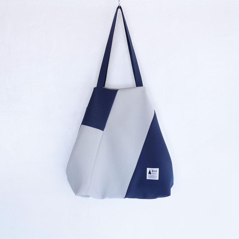 flag bag(ネイビー・ペールグレー)