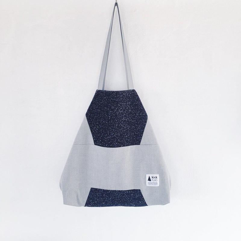 flag bag / wool(ネイビー)