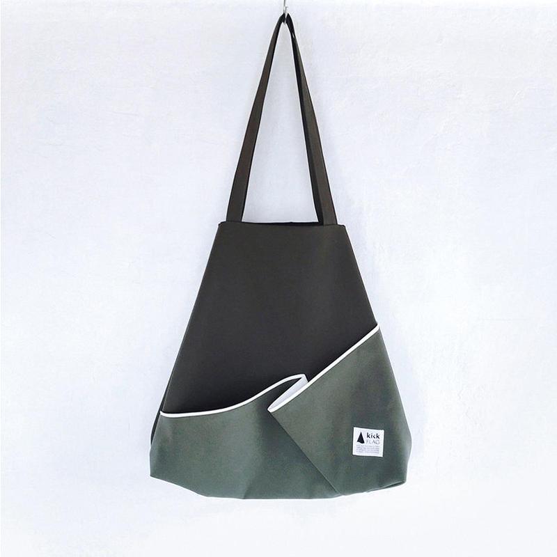 flag bag / fold(カーキ)
