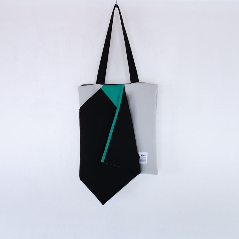 square bag(ブラック・グリーン)