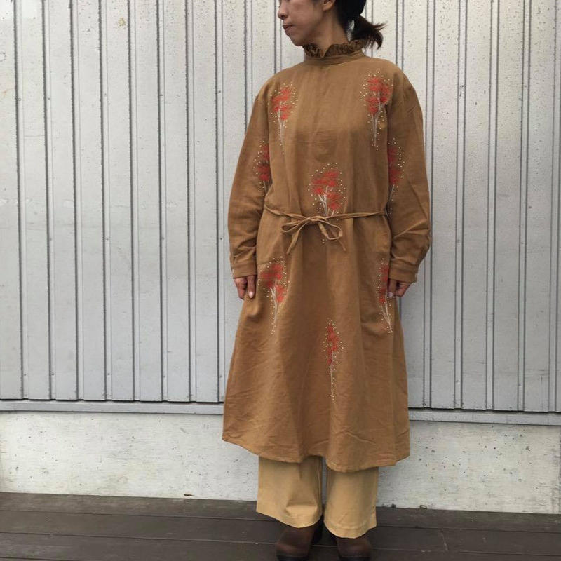 "EMBROIDERY ""FLOWER""ワンピース/LUEUF'18AW/u300609"