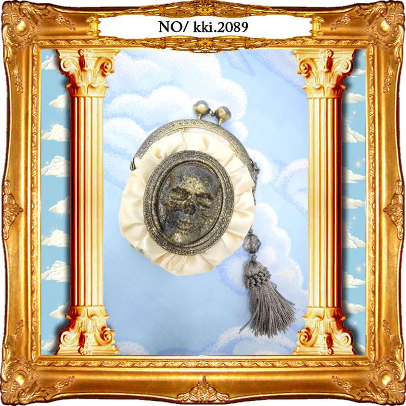 kki.2089 ドクロとフリルのミニがま口。