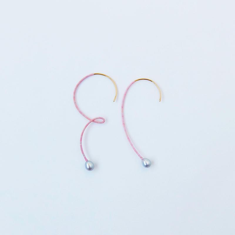no.37 pair pierce