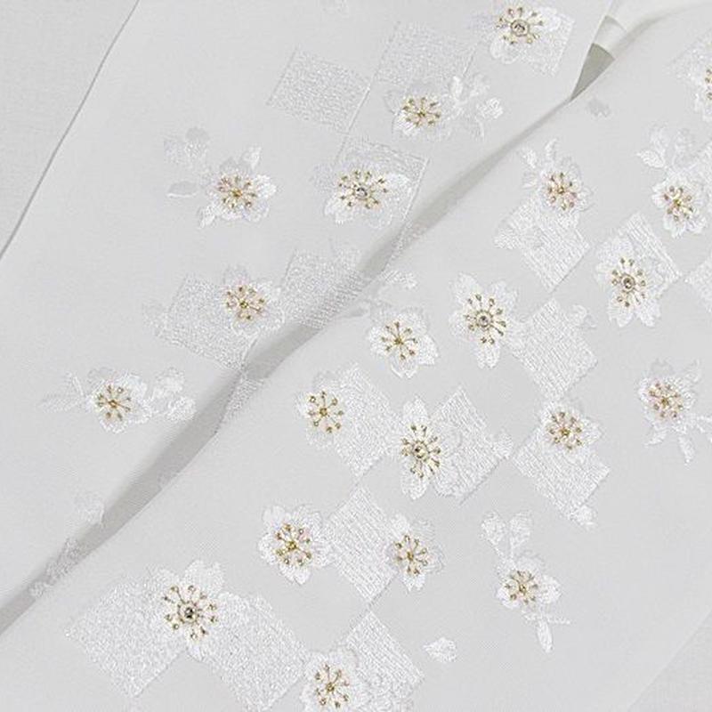 【刺繍 半えり】 半衿 振袖 婚礼 豪華 日本製 白白 金 パール刺繍 光ストーン加工★市松 桜