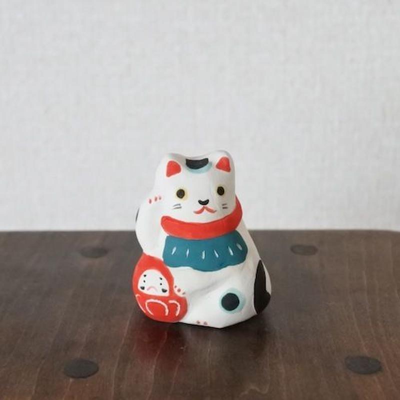 ミニだるま抱き招き猫 Mini Beckoning cat and Dharma