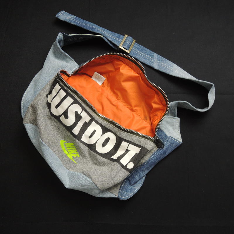 GALLERY DEPT.  NIKE bag