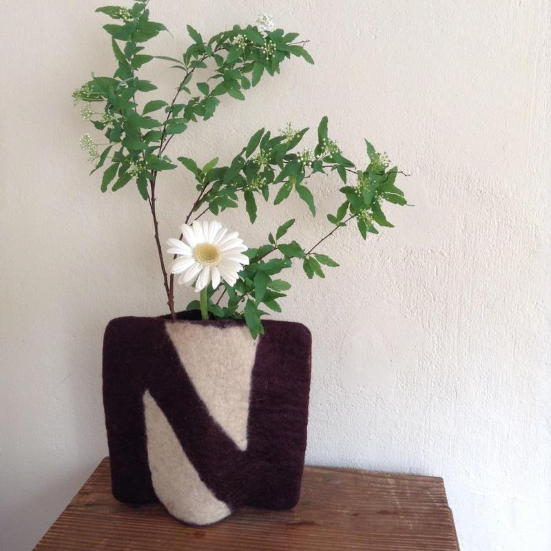 花瓶カバー「N」