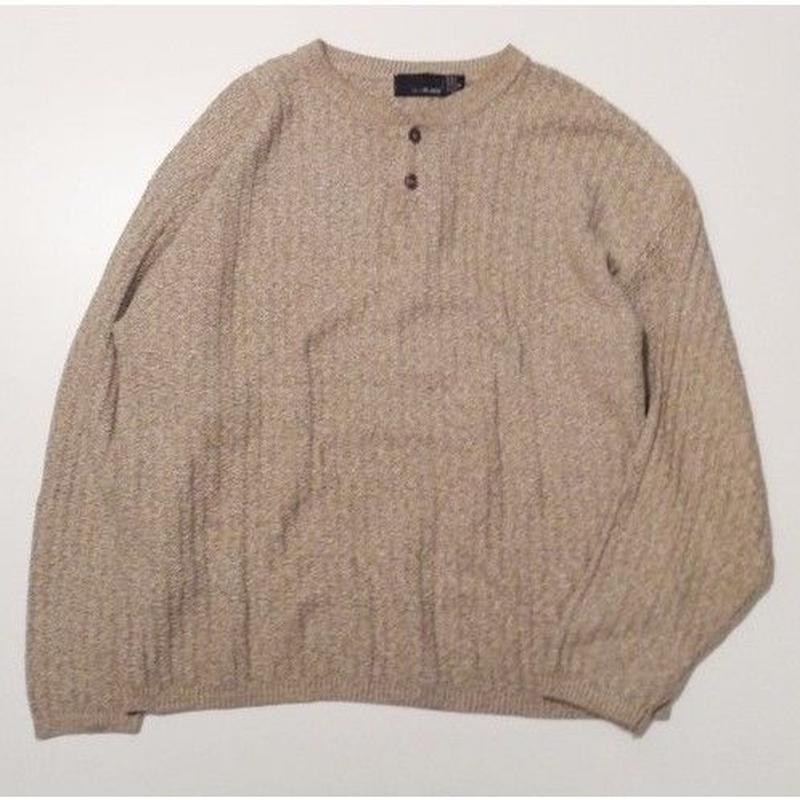 Henley Neck Knit XL