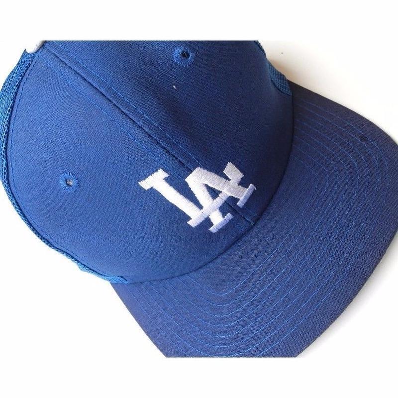 LA  mesh CAP