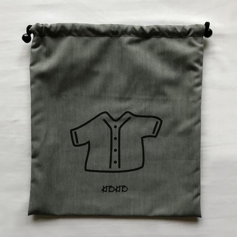 シンプルデザインの体操服袋