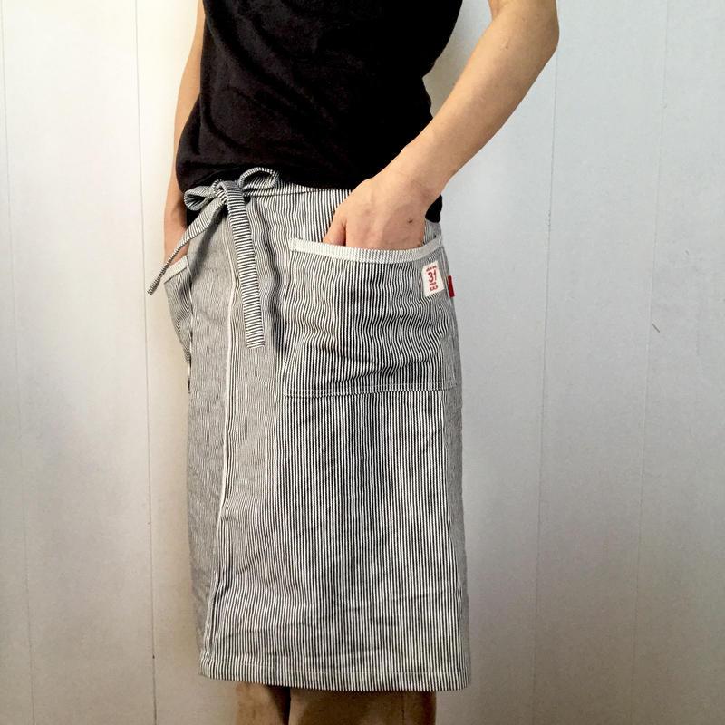ふんわりポケットのサロンエプロンン  ショート