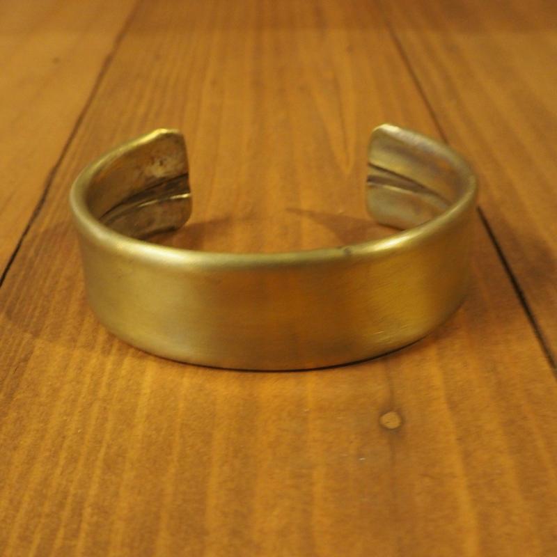 THE SUPERIOR LABOR / Folded bangle middle