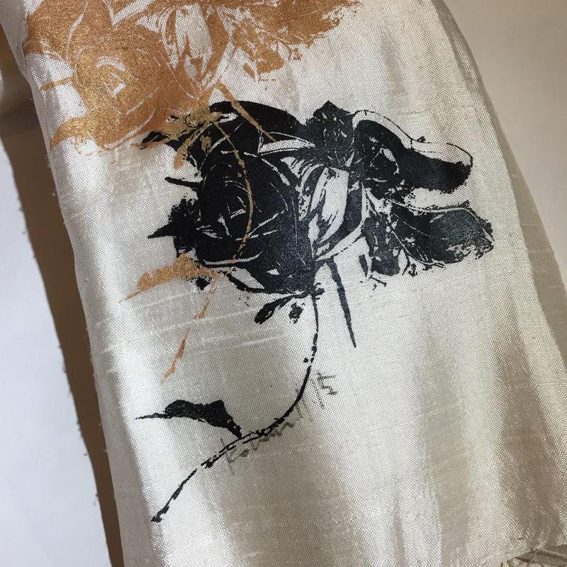 バラのスカーフ(白)
