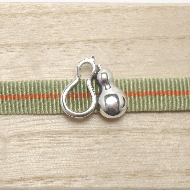 「九九」添い瓢の帯留