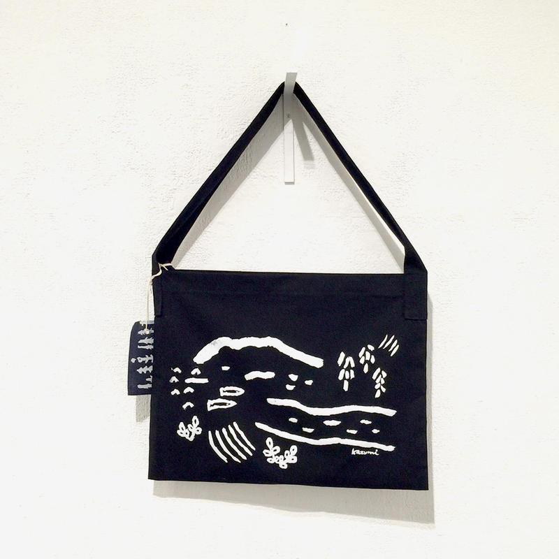 尾崎カズミ / ペイントバッグ