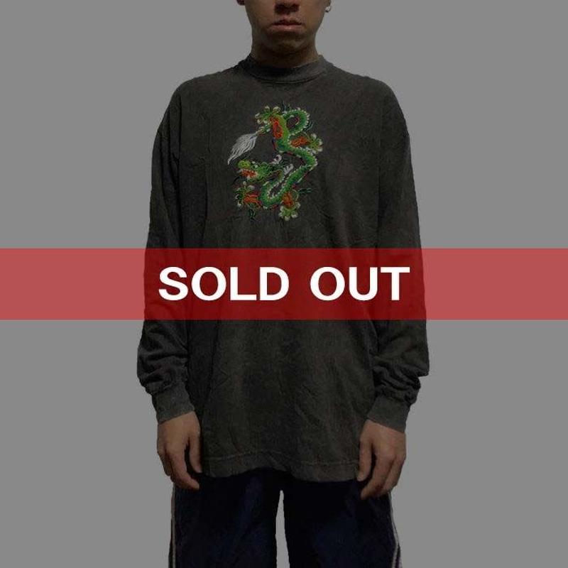 【USED】90'S EMBROIDERY DRAGON L/S T-SHIRT