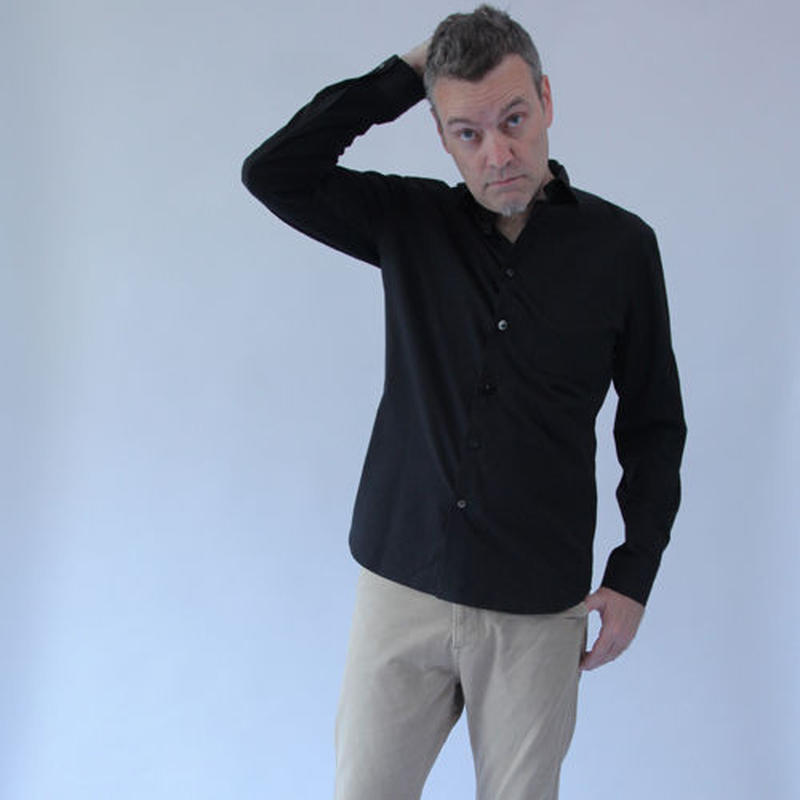 Different Button and Knit Sleeve Black Basic Shirt.(Men's SIZE:4/SIZE:5)