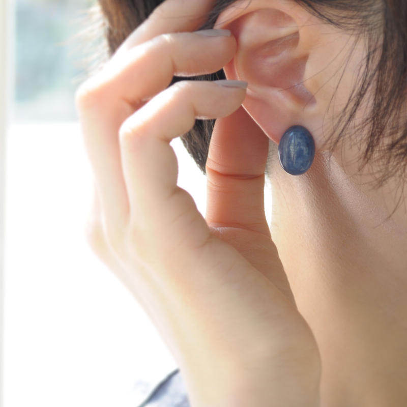 【anq.】OneStoneイヤリング【カイヤナイト】