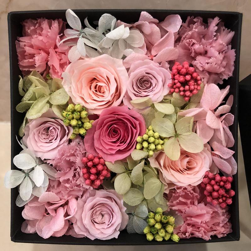 gift box -pink×black-