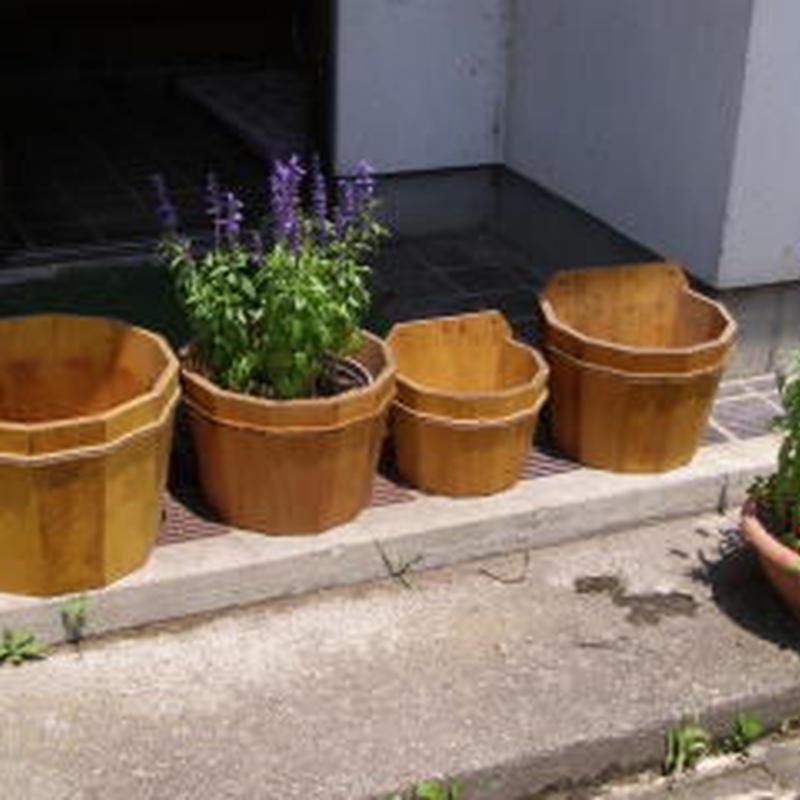 【送料込み】お庭の雰囲気UP!丈夫な木製プランター【ドゥーディ】3点セット