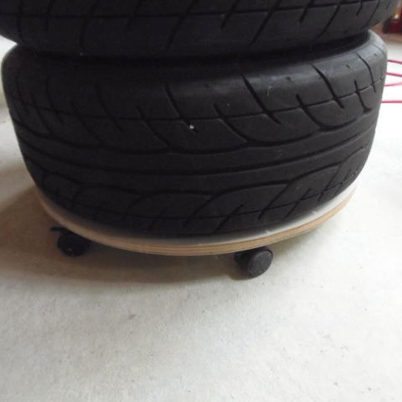 (受注生産)タイヤ保管用キャスターボード