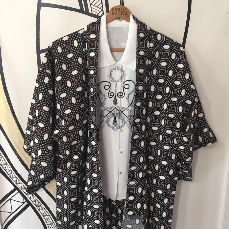 【KIMONO】ヴィンテージ ブラック 幾何学模様 着物 ロングガウン