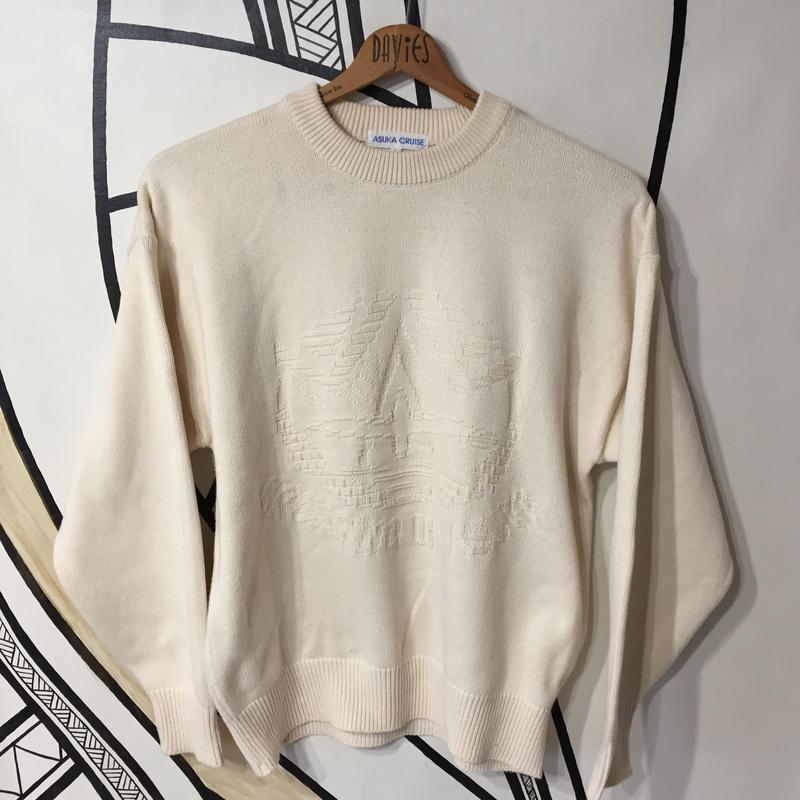 【日本製】オールホワイト刺繍セーター