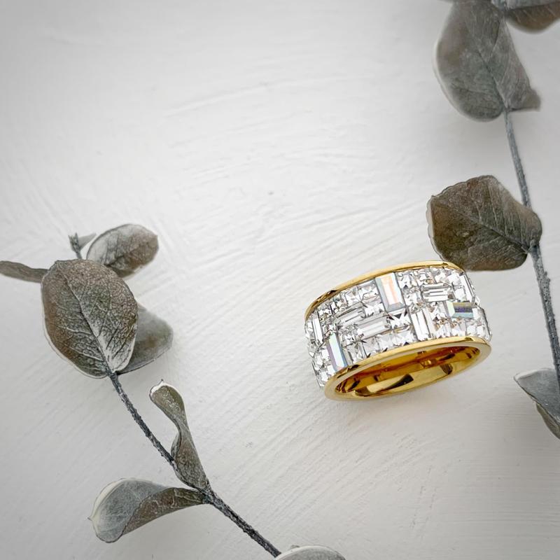 Bijin Ring[ゴールド台座]