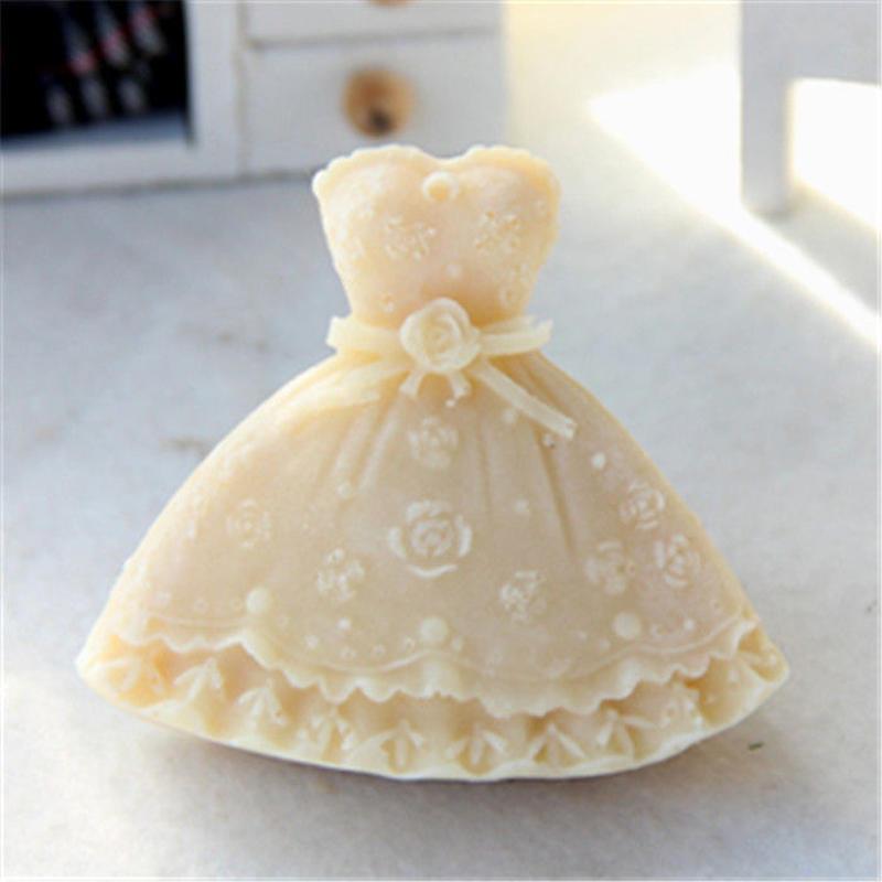 ドレス U012