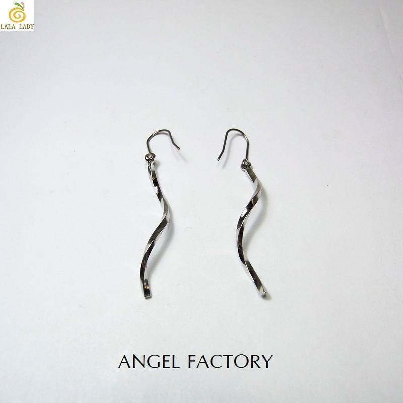 チタンフック ピアス ツイストロングウェーブ ANGEL FACTORY lalalady-196