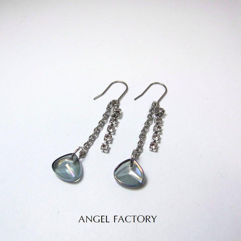 チタンフックピアス ガラスストーン&ショートシャンデリア Dブルー ANGEL FACTORY lalalady-199