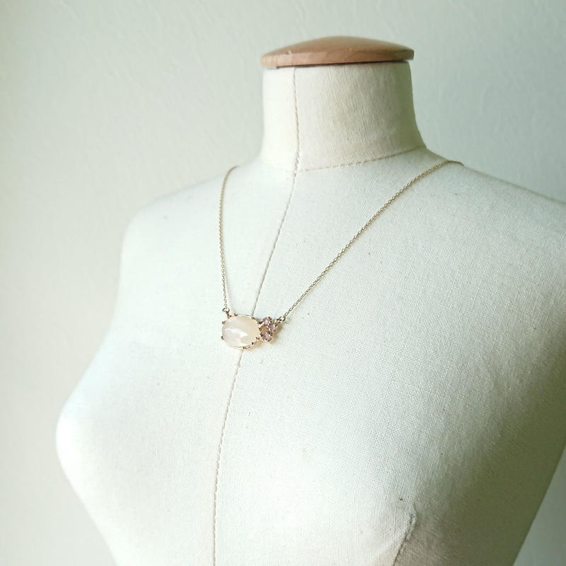 K10 Necklace (Orange moon stone / Rose quartz)