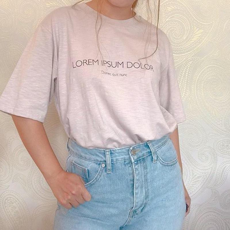 シンプルローレムTシャツ