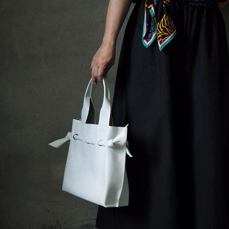 chiihao  square bag white
