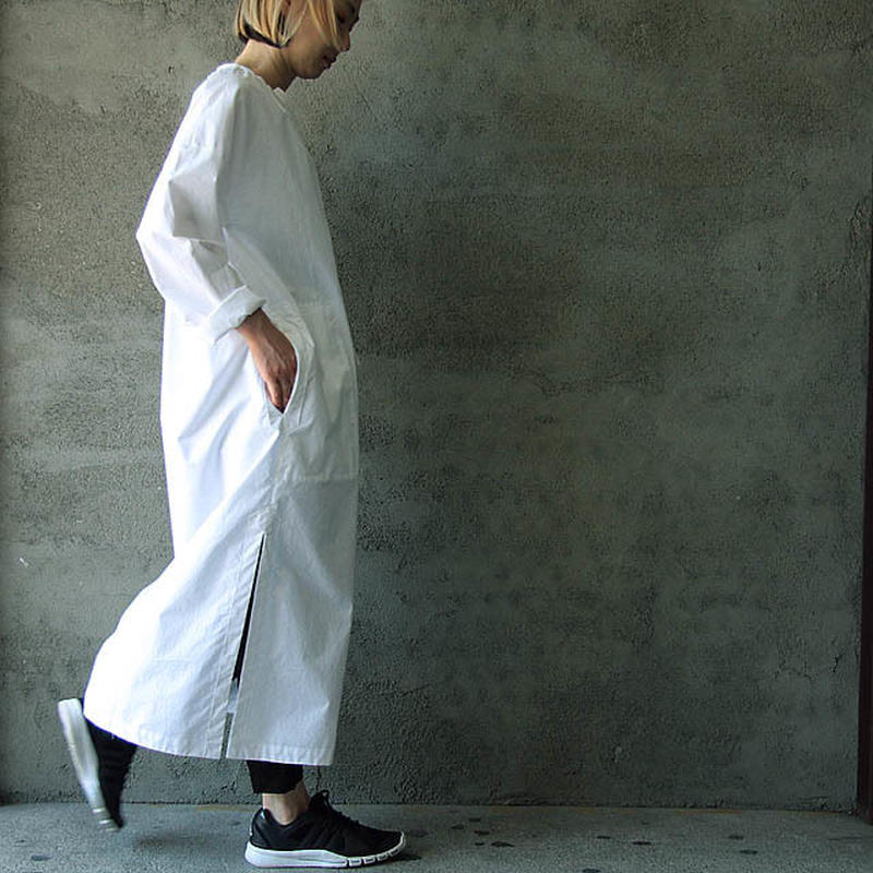 THE FACTORY slit dress (white)