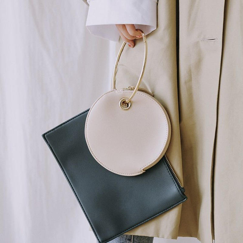 bag2-02323 ツーポーチ ゴールドリングバッグ ホワイト×グリーン