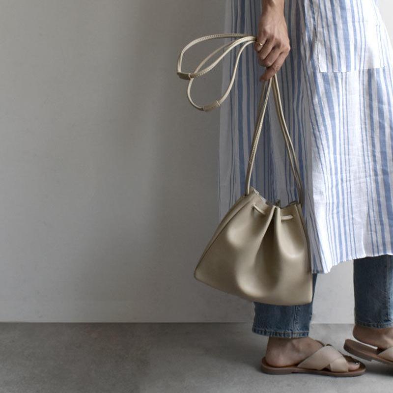 bag2-02370 送料無料! フェイクレザー シンプル巾着バッグ ベージュ キャメル ブラック
