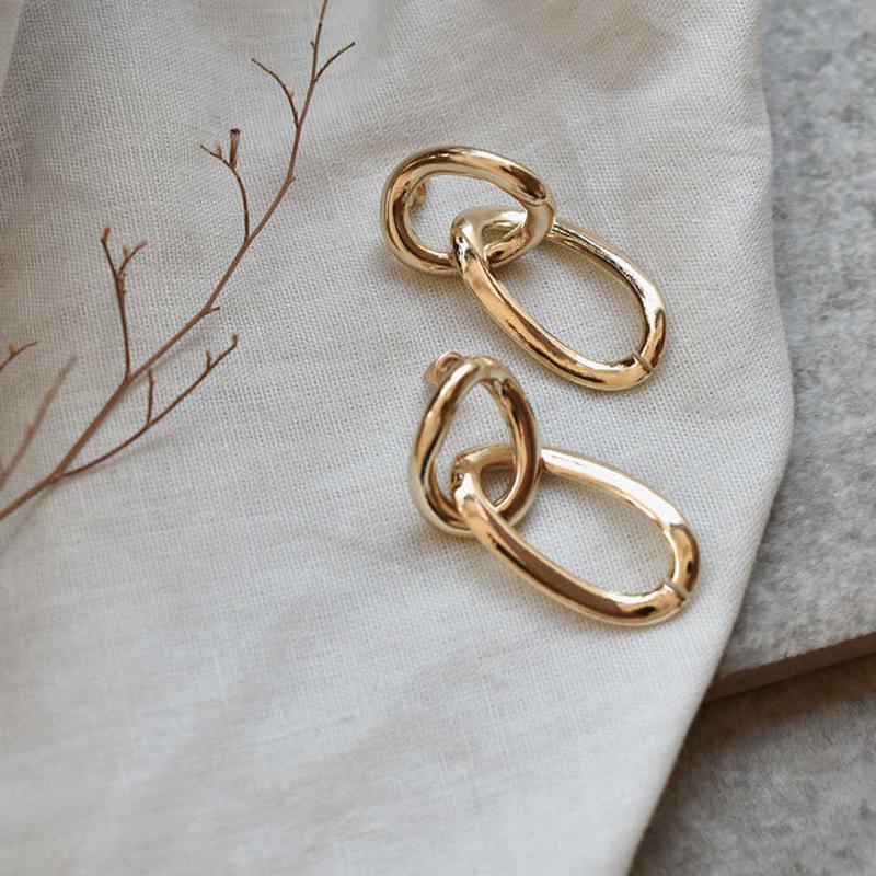 pierce2-02227 ゴールド ゆがみサークル&オリーブ型フープ ピアス