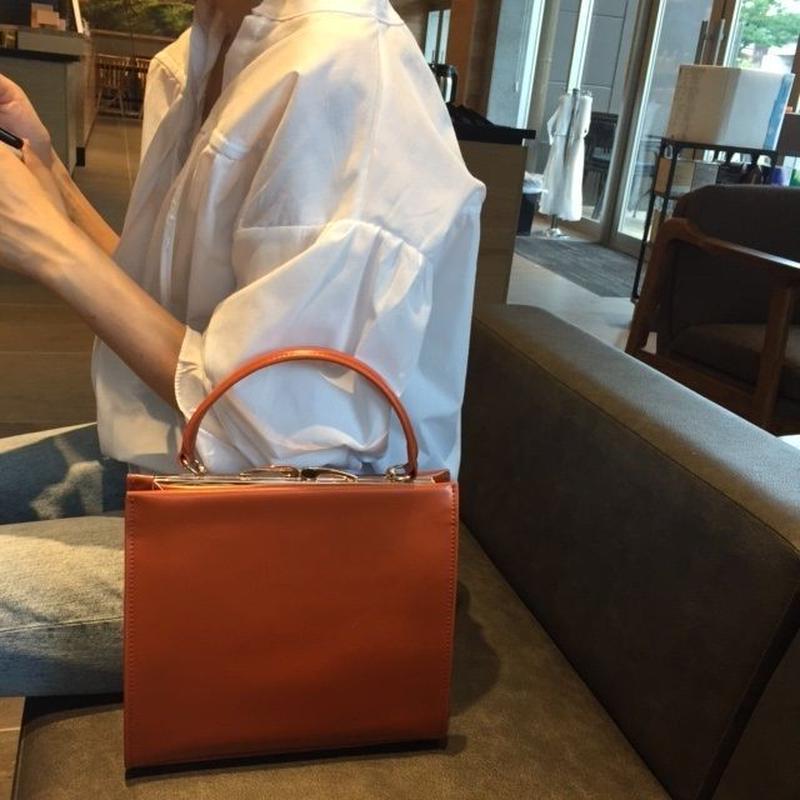 bag2-02207 本革レザー クラスプバッグ ハンドバッグ ブラック ブラウン
