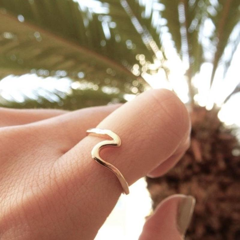 ring2-02013 送料無料 ウェーブモチーフ リング シルバー ゴールド 15号